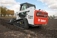 Where to rent SKID STEER, TRACKED, T550, BOBCAT in Cleveland OH