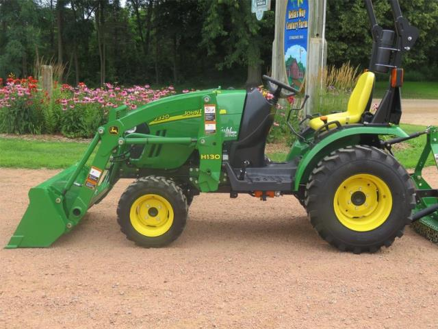 Where to find TRACTOR, JOHN DEERE 2320 in Cleveland