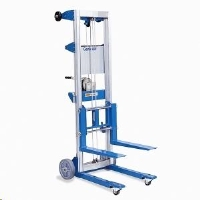 Where to rent GENIE HIGH LIFT, 12  -350  CAP in Cleveland OH