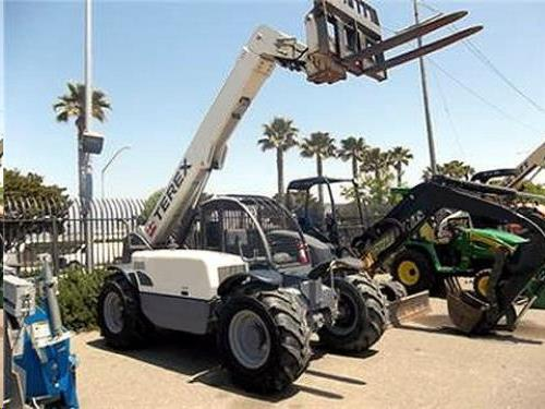 Where to find TELEHANDLER, 6000 , 22  REACH in Cleveland