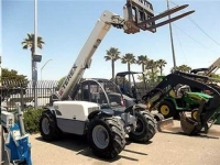 Where to rent TELEHANDLER, 6000 , 22  REACH in Cleveland OH