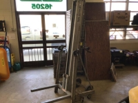 Used Equipment Sales GENIE HIGH LIFT, 18  -650  CAP in Cleveland OH
